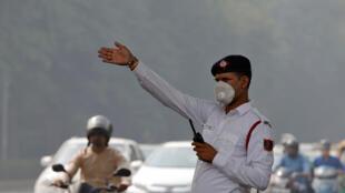 Không khí ô nhiễm tại New Delhi. Ấn Độ đứng đầu thế giới về số ca tử vong do ô nhiễm. Ảnh ngày 20/10/2017.