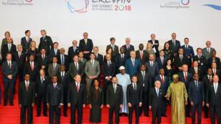 Photo officielle des chefs d'Etat et de gouvernement participant au 17ème Sommet de la Francophonie à Erevan, ce jeudi 11 octobre 2018.