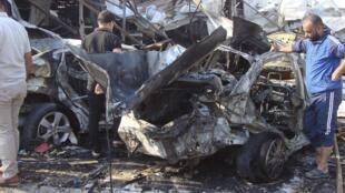 Atentado com carros-bomba é frequente nas ruas de Bagdá. Na foto, atentado do dia 17 de novembro que fez 7 mortos e 9 feridos.