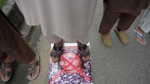 """Absolvida pela justiça, mas """"condenada"""" por manifestações populares, a cristã Asia Bibi deixou finalmente o Paquistão nesta quarta-feira, 8 de maio de 2019."""