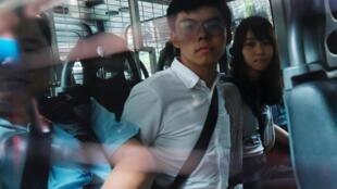 از آغاز اعتراضات تا کنون بیش از ٨٥٠ نفر از مخالفان به خاطر شرکت در تظاهرات در هنگ کنگ بازداشت شده اند.