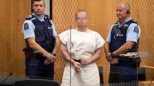 Brenton Tarrant, lors de sa comparution devant le tribunal de district de Christchurch, en Nouvelle-Zélande, le 16 mars 2019.