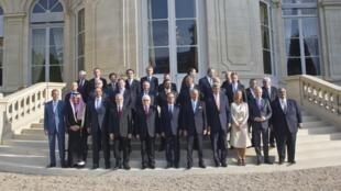 Участники международной конференции по Ираку в Париже, 15 сентября 2014.