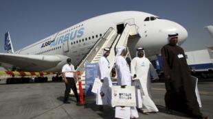 L'A380 d'Airbus, lors du Salon aéronautique de Dubaï, le 15 novembre 2009.