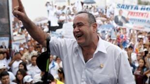 Alejandro Giammattei candidato conservador  à  presidente da Guatemala.Junho de 2019