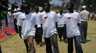 Des Imbonerakure, la ligue des jeunes du parti au pouvoir au Burundi, en 2014 (image d'illustration).
