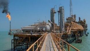 فروش نفت خام در بورس انرژی ایران آغاز شد