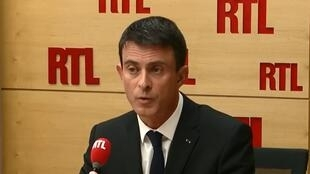 O primeiro-ministro Manuel Valls na rádio RTL.