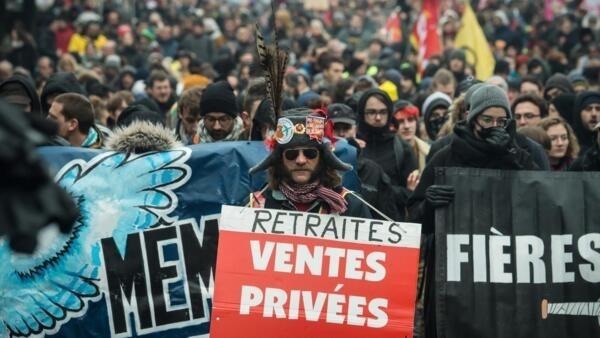 Manifestação na cidade francesa de Nantes. 24 de Janeiro de 2020.