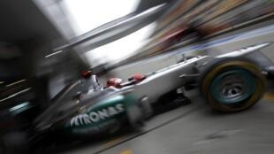 Schumacher sai da garagem na segunda bateria de treinos para o GP da China