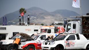 Vérification technique des véhicules du Paris Dakar. Lima (Pérou), le 3 janvier 2018. La course commence le 6 janvier et se termine le 20 janvier 2018 (Pérou-Bolivie-Argentine).