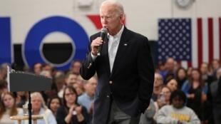 Le candidat à la primaire démocrate Joe Biden en campagne dans l'Iowa, le 2 février 2020.