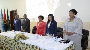 Sessão de abertura da Bienal de Luanda