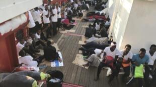 L'Ocean Viking a sauvé 85 personnes dans une troisième opération au large des côtes libyennes, 12 août 2019.