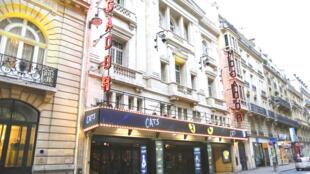 Nhà hát Mogador được khánh thành ngày 21 tháng Tư năm 1919