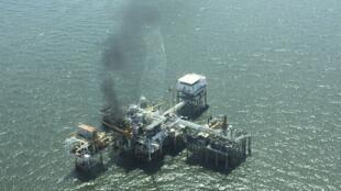 Plataforma de produção de petróleo.