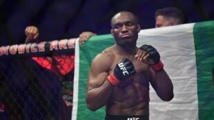 Le Nigérian Kamaru Usman a conservé son titre de champion UFC poids welter contre Colby Covington.