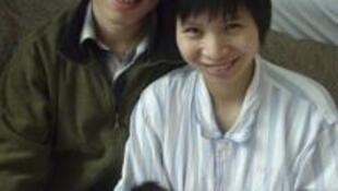 中国维权人士胡佳和他的妻子