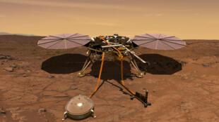 Image 3D de la Nasa montrant l'atterrisseur InSight qui va poser sur le sol de la Planète rouge un sismomètre et une sonde thermique avec un bras articulé.