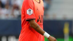 Neymar na vitória do PSG contra o Bordeaux por 1-0 na casa do adversário.