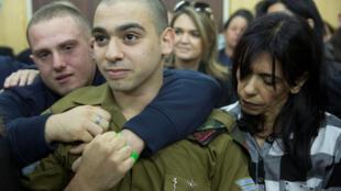 O soldado franco-israelense Elor Azaria aguarda veredito.