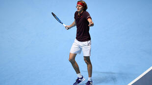 Alex Zverev lost two matches on his first appearance at the eight man end of season championships in London.