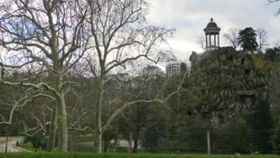 Árvores do parque de Buttes-Chaumont