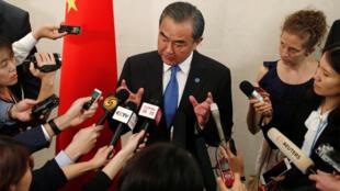 中國外長王毅2018年8月2日新加坡