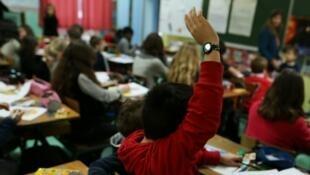 Au collège Paul Eluard, en région parisienne, une unité pédagogique pour les élèves allophones qui viennent d'arriver en France, s'est créée. Elle est adaptée aux besoins et au profil de chaque élève. (Photo d'illustration)