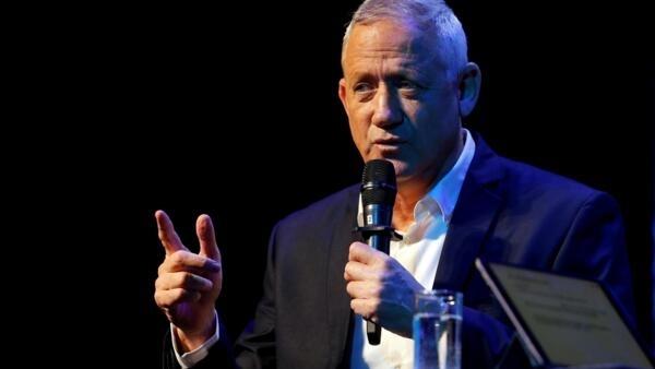 Benny Gantz diz que quer ser primeiro-ministro de um governo de união em Israel.
