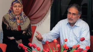 تصویر از آرشیو-فاطمه ملکی در کنار همسرش محمد نوریزاد