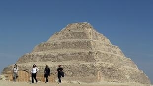 O monumento, construído por volta de 2.700 a.C, vinha sendo restaurado desde 2006.
