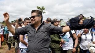 Ivan Marquez, le chef de la délégation des Forces armées révolutionnaires de Colombie, avant son départ pour Carthagène, le 24 septembre 2016.