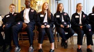 Des jeunes du Service national universel (SNU) au ministère de l'Education à Paris, le 18 avril 2019.