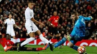 Kylian Mbappé, avançado do Paris Saint-Germain, marcou o segundo tento da equipa francesa frente ao Manchester United.