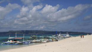 Une vue de la plage de Bocaray à Manille.