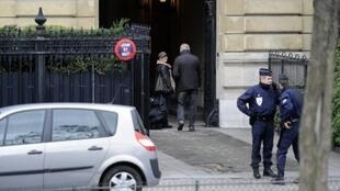 Luxury hotel belonging to Teodorin Obiang on ave Foch in Paris