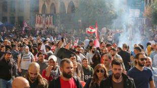 Les manifestants libanais ont réussi à empêcher la tenue d'une session parlementaire contestée ce mardi 19 novembre 2019.