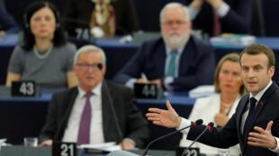 O presidente Emmanuel Macron no Parlamento europeu, a 17 de Abril de 2018 em Estrasburgo.