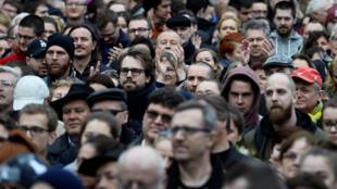 Lors des manifestations organisées après la mort du reporter Jan Kuciak et de sa fiancée Martina Kusnirova, le 5 avril 2018 à Bratislava.