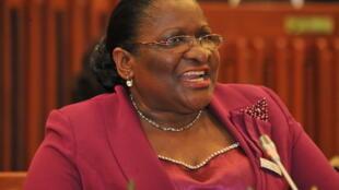 Verónica Macamo, chefe da diplomacia moçambicana (fotografia de arquivo) admite medidas ainda mais pesadas caso venha a alastrar o Covid 19, diagnosticado na vizinha África do Sul.