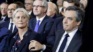 Penelope and François Fillon during the latter's campaign in the 2017 French presidential election.