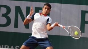 Thiago Monteiro venceu em sua estreia em Roland Garros contra o francês Alexander Muller, em 30/05/17.