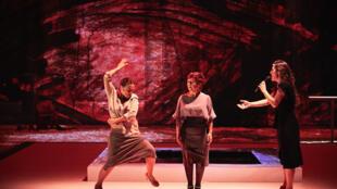 В спектакле Grito Pelao танцуют только женщины
