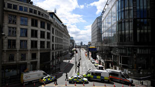 Police block access to London Bridge after an attack left 7 people dead and dozens injured in London, Britain, June 4, 2017.