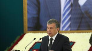 Премьер-министр Узбекистана Шавкат Мирзиеев во время церемонии прощания с президентом Исламом Каримовым, Самарканд, 3 сентября 2016.