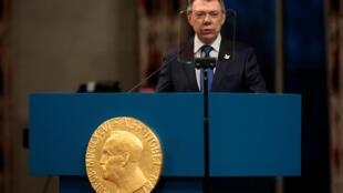 Juan Manuel Santos discursa na entrega do Prêmio Nobel da Paz.