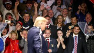 Donald Trump durante a campanha presidencial: eleitores o escolheram mais pela emoção do que pela razão, segundo analista.