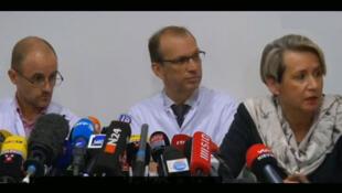 Captura vídeo da coletiva de imprensa desta manhã, dia 31 de dezembro, sobre o estado de saúde de Schumacher.