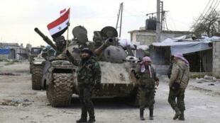 Askari wa serikali ya Syria wamepelekwa karibu na barabara kuu ya M5 katika mkoa wa kusini wa Aleppo, Februari 10, 2020.